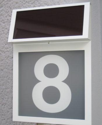 solar hausnummern von solar innovation hochwertig langlebig leuchtstark. Black Bedroom Furniture Sets. Home Design Ideas